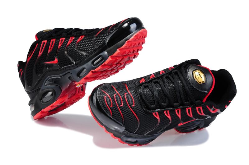nike tn chaussures rouge et noir
